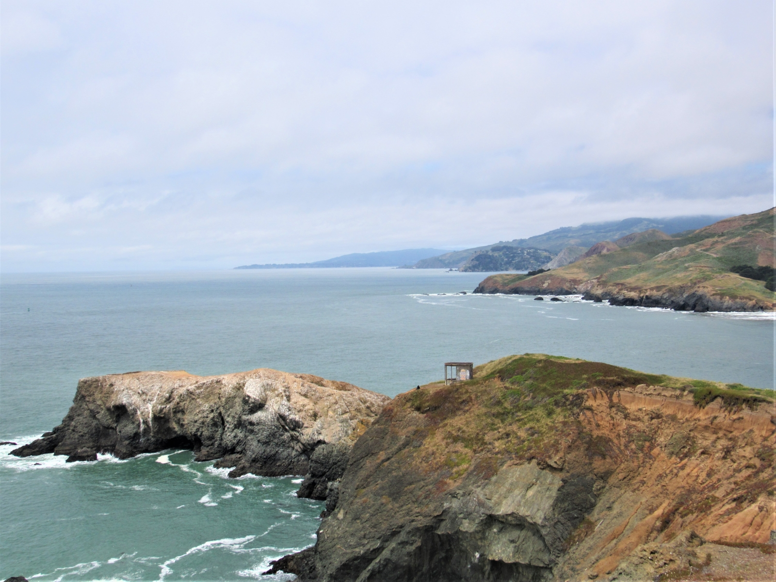 Above-the-headlands-trail