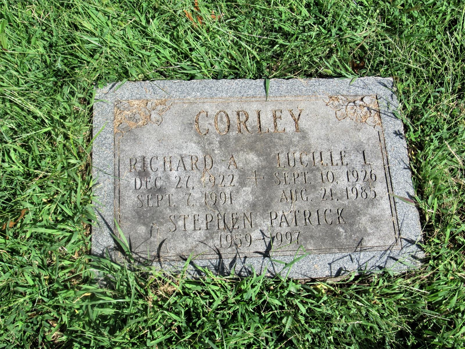 Mom-and-Steve-headstone